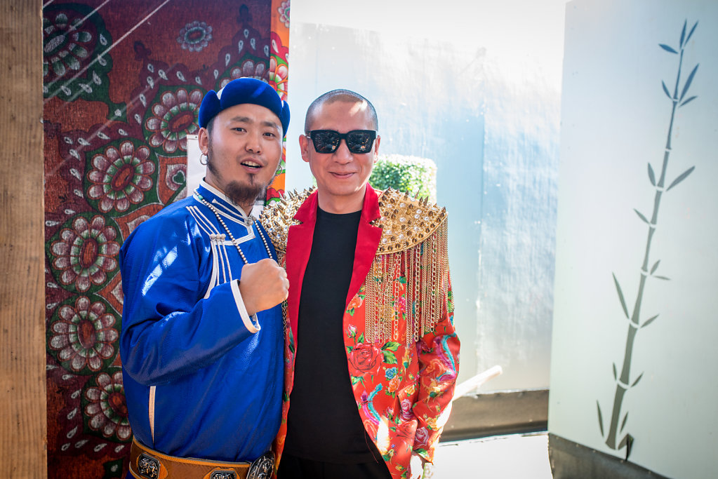 Day 2:  Backstage Gangzi (Tulegur) and  Liang Long (2nd Hand Rose)